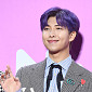 [BZ포토] 방탄소년단 RM, 월드스타의 손짓