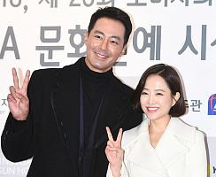 조인성-박보영, '오누이처럼 다정하게'