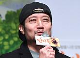 """'언더독' 오성윤 감독 """"'마당을 나온 암탉' 후 7년만에 신작, 감개무량해"""""""