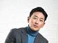 """[인터뷰] """"나 정말 운이 좋았구나"""" 하정우, 최연소 1억 배우의 속마음"""