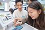 삼성·애플, AS 강화로 스마트폰 소비자 잡는다