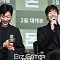 [BZ포토] 유지태, 화기애애한 촬영 현장 '팀워크 ...