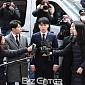 """[BZ포토] '성접대 의혹' 승리, 경찰 출석 """"진실된 ..."""