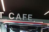 로봇이 커피 제조부터 서빙까지...외식업 '푸드테크' 전성시대