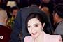 판빙빙, 탈세 논란 후 첫 공식석상…'편안한 미소+인형 같은 미모'