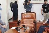 3당 원내대표 '조국 출석' 이견... 오후 다시 회동