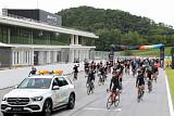 벤츠 코리아, '기브 앤 바이크' 기부 자전거 대회…5400만 원 이상 모금