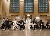 '지미 팰런쇼' 방탄소년단, 뉴욕 그랜드 센트럴 터미널에 울려 퍼진 'ON'
