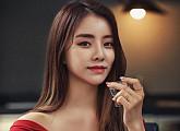 """설하윤, 병영매거진 표지 모델 """"'군통령' 수식어 가장 좋아"""""""