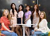 """[비즈 인터뷰②] woo!ah!(우아!) """"아직 감탄할 매력들이 많이 남았답니다!"""""""