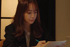 '저작권료 1위' 스타 작사가 김이나가 만든 노래들