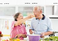 시니어 입맛과 건강을 잡아라! '시니어 푸드' 인기
