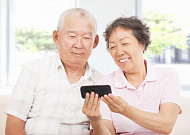 비대면 명절, 전화로 부모님 건강 확인하는 법