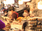 광장시장 육회ㆍ마약김밥ㆍ빈대떡ㆍ손칼국수, 인심 가득한 따스한 맛