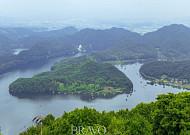 호수 위의 평온함과 무념무상을 만끽할 '진천 초평호'