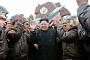 [포토] 김정은 위원장, 공군부대 시찰… 박수치며 환호하는 군인들