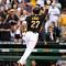 강정호 시즌 11호 홈런 존재감 폭발…12호 홈런 박병호는 마이너行?