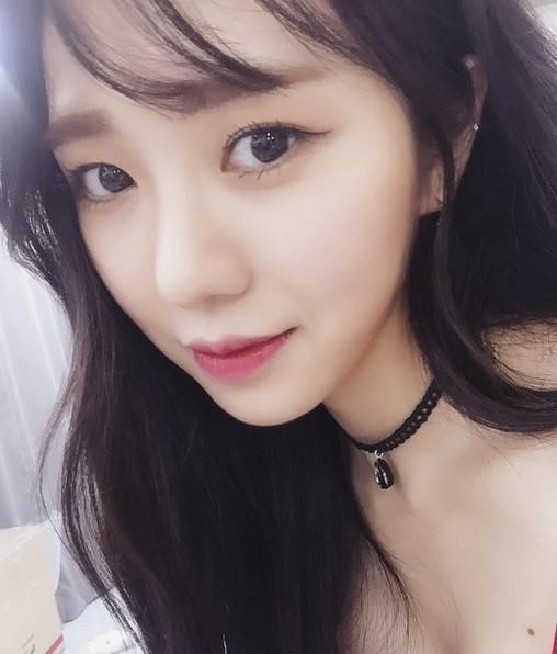 aoa权珉阿确定出演在周末剧《拜托了妈妈》.饰演貌