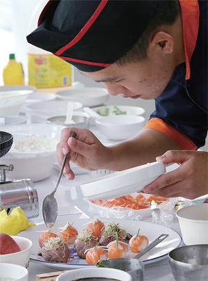 """초밥 만드는 법…식초가 맛을 좌우해 """"집에서도 쉽게 만들 수 있어"""""""