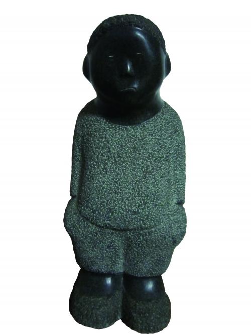 ▲조의현 '주머니에 손을 넣은 소년' 화강석 24cm*21cm*53cm. 2002.