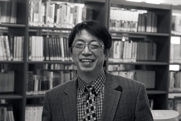 ▲직접 만든 숭문고등학교 도서관에서.