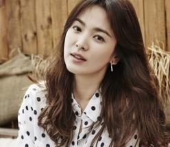 송혜교 VS 제이에스티나, 대립 길어질수록 '상처뿐인 영광'