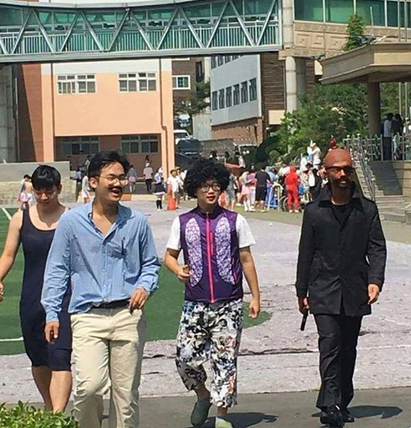 ▲의정부고 졸업사진 홍상수 김민희 패러디(사진=페이스북)