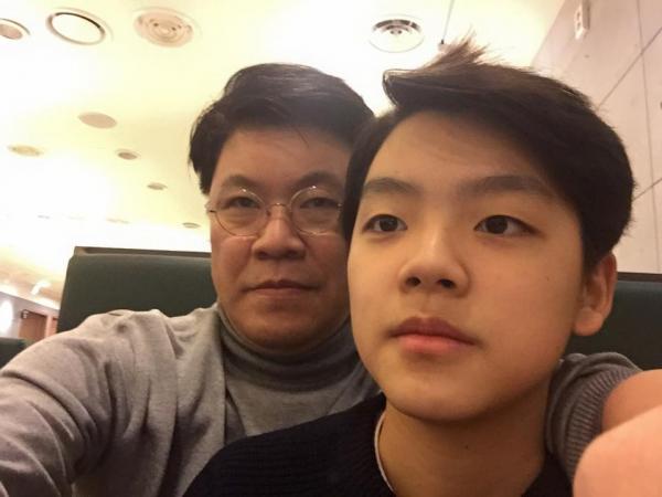 ▲장제원 의원과 아들 장용준 군(출처=장제원SNS)