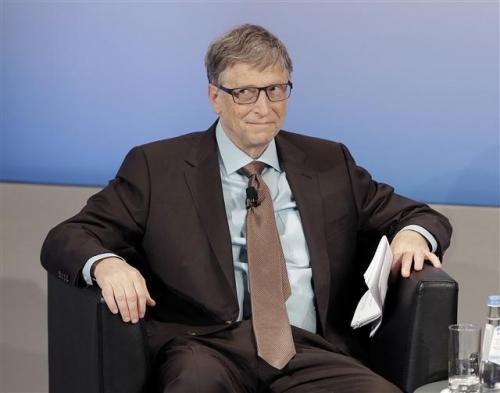 ▲빌 게이츠 마이크로소프트(MS) 설립자가 20일(현지시간) 포브스가 발표한 억만장자 순위에서 1위에 올랐다. 게이츠가 지난달 18일 독일 뮌헨에서 열린 안보 콘퍼런스에 참석하고 있다. 뮌헨/AP뉴시스