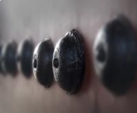 어머니 가슴 닮은 창덕궁 대문의 장석
