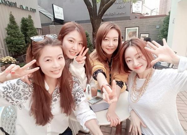 ▲윤소이(왼), 서지혜, 신소율, 서효림(출처=윤소이SNS)