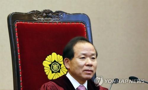 ▲헌재소장에 임명된 김이수 헌재 권한대행(연합뉴스)