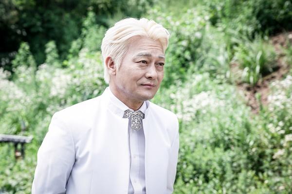 ▲'구해줘' 백정기 역의 배우 조성하(사진=OCN)