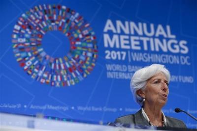 ▲크리스틴 라가르드 IMF 총재가 14일 IMFC 회의 기자회견에서 질문에 답하고 있다. EPA/연합뉴스