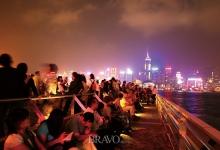 별들이 소곤댈까? 홍콩의 밤거리엔?