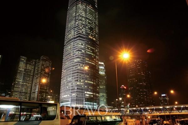 ▲홍콩의 야경(이신화 여행작가)