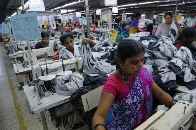 ▲인도 남부 카르나타카 주 벵갈루루의 한 공장. AP/뉴시스