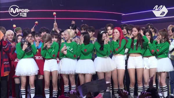▲'엠카운트다운'에서 첫 1위를 한 걸그룹 모모랜드(사진=Mnet)