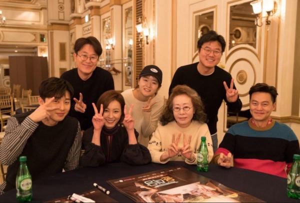 ▲'윤식당2' 출연진 및 제작진(사진=tvN)