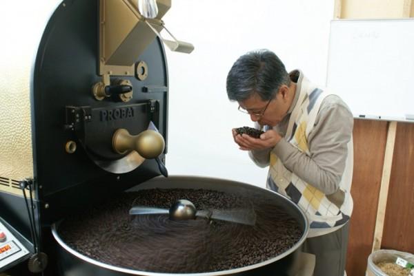 ▲1세대 커피 명인, 여종훈(呂鐘勳·64)