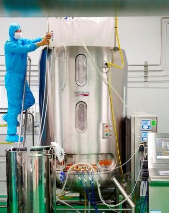 ▲SK케미칼이 안동 L하우스에서 세포배양 탱크를 활용해 독감백신을 생산하고 있다.(자료: SK케미칼)