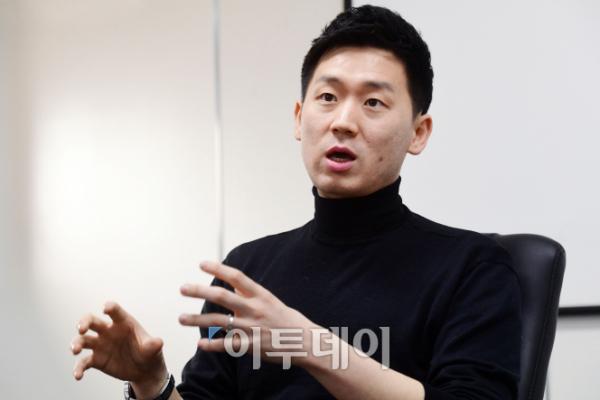 """▲김성은 씨는 국내 게임 개발 환경에 대해 """"자율성은 배제되고, 경직된 상업성만 남았다""""고 쓴소리를 했다. 그가 한국을 떠나 스웨덴 게임업체로 떠난 이유이기도 하다. (고이란 기자 photoeran@)"""