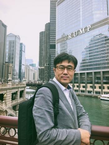 ▲2018 AACR에 참석한 김태형 테라젠이텍스 최고전략책임자(CSO)
