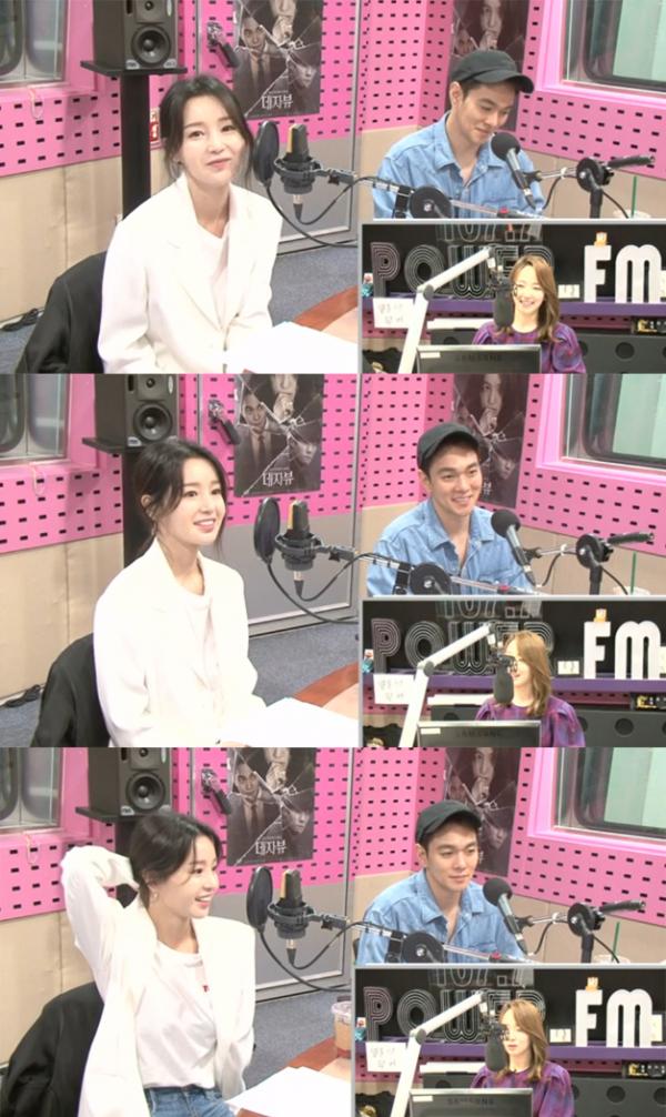 ▲'씨네타운' 남규리 이규한(사진=SBS 파워FM)