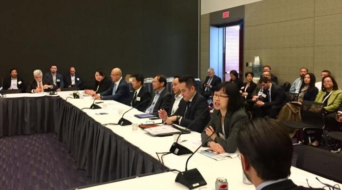 ▲보스턴 BIO에서 열린 홍콩런천, 뉴욕 홍콩경제무역대표부(HKETO)의 Joanne Chu가 이번 런천에 대해 소개하고 있다.