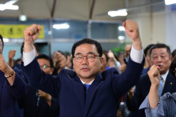 ▲ 6·13 지방선거 창원시에서 더불어민주당 허성무 후보가 당선됐다.(뉴시스)