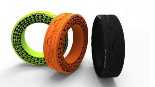 ▲한국타이어의 '비공기입 타이어(NPT)'는 미래형 친환경 차량에 적합하다.