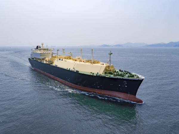 ▲대우조선해양이 건조한 LNG운반선(사진제공=대우조선해양)