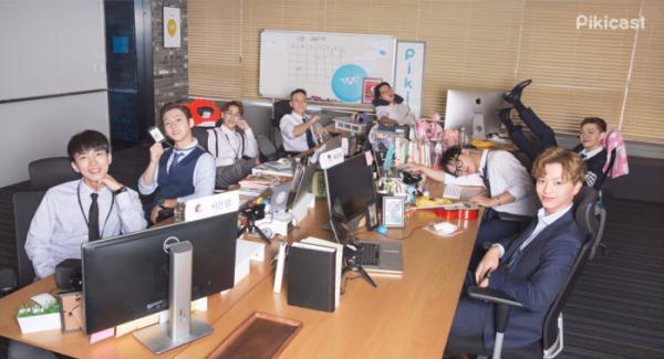 ▲피키캐스트의 간판 웹예능 '엄마가 잠든 후에'에 그룹 비투비(BTOB) 멤버 전원이 출연한다.(옐로모바일)