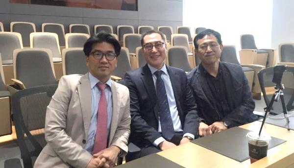 ▲이정만 브이네이처 대표(왼쪽부터), 설은준 연구소장, 김길후 부사장.